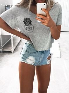 Cooler look, summer fashion outfits, cute summer outfits, summer wear, ibiza outfits Cute Summer Outfits, Spring Outfits, Casual Outfits, Ibiza Outfits, Spring Break Clothes, Summer Wear, Short Outfits, Casual Shirts, Spring Summer