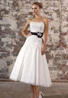 + images about Robe de mariée noir et blanche on Pinterest  Robes ...