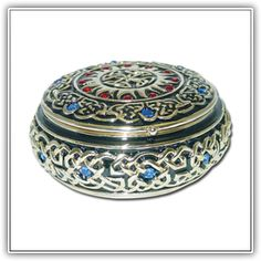 ROUND CELTIC  JEWELED BOX (Austrian Crystals). ~ Celtic Collectibles