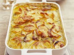 Kartoffelgratin auf französische Art – Rebel Without Applause Egg Roll Recipes, Slider Recipes, Popcorn Recipes, Dog Recipes, Tailgating Recipes, Tailgate Food, Ciabatta, Ravioli, Jalapeno Popper Recipes
