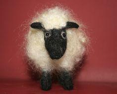 Black Faced Sheep Traditional Needle Felt Kit von LincolnshireFenn