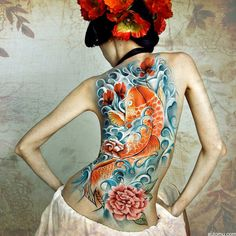 Today we're talking all about koi tattoos for men and women. This gallery is full of dragon koi tattoo designs galore. La Ink Tattoos, Bild Tattoos, Sexy Tattoos, Tattoos For Women, Tatoos, Feminine Tattoos, Tattooed Women, Flower Tattoos, Koi Tattoo Design