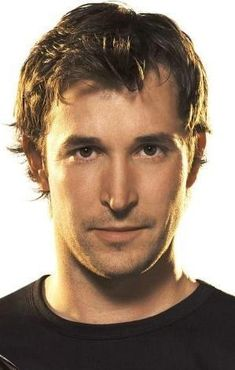 noah wyle..... I was hooked on ER when I conceived our Noah, this is where his name came from.  I LOVE THIS GUY!!