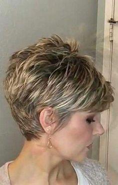 Pixie Bob Haircut, Pixie Bob Hairstyles, Short Haircut Styles, Short Hairstyles For Thick Hair, Short Pixie Haircuts, Short Hair With Layers, Cool Hairstyles, Bob Haircuts, Short Hair Cuts For Women Pixie