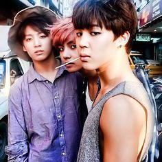 Jeong Jungkook, Kim Taehyung & Park Jimin (BTS)> Maknae line, why you so sexy? Bts Jimin, Bts Bangtan Boy, Jimin Hair, Jikook, Shinee, Jonghyun, Bts Memes, Billboard Music Awards, Vmin