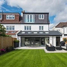 House extension design Adorable 40 Fabulous Modern Garden Designs Ideas For Front Yard and Backyard 1930s House Extension, House Extension Plans, House Extension Design, Extension Designs, House Design, Rear Extension, Extension Ideas, Back Garden Design, Modern Garden Design
