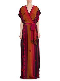 Shop2gether - Vestido Sanio, Adriana Barra. Vestido longo, estampado, transpassado, com faixa para amarração na cintura. Composição: 100% Seda
