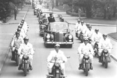 Not published in LIFE. President John F. Kennedy rides in a motorcade during his June 1963 visit to Germany. American Presidents, Us Presidents, Radios, United States Secret Service, My Fellow Americans, John Fitzgerald, American Freedom, Jackie Kennedy, Historical Photos