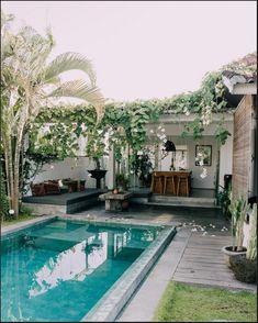 Small Inground Pool, Small Swimming Pools, Small Pools, Swimming Pools Backyard, Swimming Pool Designs, Small Pool Ideas, Lap Pools, Indoor Pools, Pool Decks