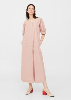 Puffed sleeves dress
