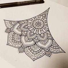 40 Beautiful Mandala Drawing Ideas & How To - Brighter Craft Mandala Doodle, Mandala Art Lesson, Mandala Artwork, Mandala Drawing, Mandala Tattoo, Doodle Art, Dibujos Zentangle Art, Zentangle Drawings, Zentangle Patterns