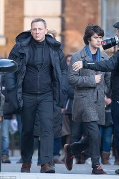 MI6: Daniel and Ben shot scenes together, bundled up in coats and winter wear ...