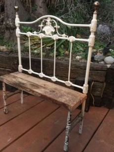 Antique Iron Headboard Bench by greendresser on Etsy. Note the legs- could make with pipes and wooden legs painted to resemble peeling paint on iron. Antique Headboard, Iron Headboard, Headboard Benches, Plywood Headboard, Bed Bench, Headboards, Sofa Design, Design Design, Repurposed Furniture