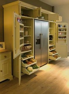 Functional Pantry