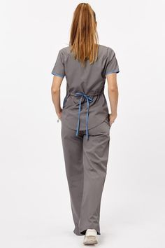 Tefi Poly gris con celeste pastel Medical Careers, Lab Coats, Caregiver, Scrubs, Jumpsuit, Womens Fashion, How To Wear, Outfits, Collection