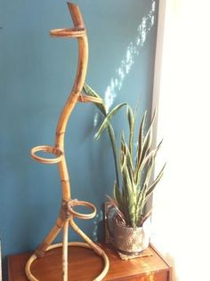 Vintage plantenstandaard - rotan jaren 60 - € 20,00