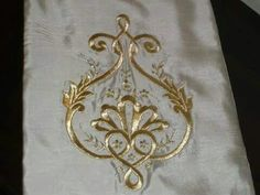 This Pin was discovered by Ays Gold Embroidery, Embroidery Stitches, Embroidery Patterns, Brazilian Embroidery, Folk Fashion, Gold Work, Ribbon Work, Easy Sewing Projects, Design Elements