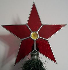Stained Glass Table Top Tree Topper Simple Star by cityfreeglass, $15.00 Stained Glass Studio, Stained Glass Projects, Stained Glass Christmas, Tree Toppers, Ceiling Fan, Glass Table, Simple, Unique Jewelry, Handmade Gifts