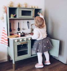 How do you pimp the IKEA Duktig kitchen? Loes did it for the second birthday of . - How do you pimp the IKEA Duktig kitchen? Loes did it for the second birthday of her daughter Niki. Ikea Kids Kitchen, Ikea Kitchen Remodel, Toy Kitchen, Corner Sofa And Chair, Ikea Toys, Apartment Checklist, Ideas Hogar, Ikea Hacks, Interior Design Living Room