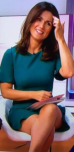 Susanna Reid, Tv Presenters, Great Legs, Cinema, Lady, Hot, Thunder, Dresses, Film