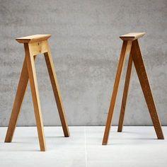 diy home furniture Diy Furniture Easy, Solid Wood Furniture, Table Furniture, Furniture Makeover, Furniture Design, Dinning Room Tables, Dining Table Legs, Wood Table Legs, Wooden Tables