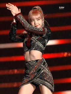 Jennie Lisa, Blackpink Lisa, Kpop Girl Groups, Kpop Girls, Super Junior, Divas, South Korean Women, Kim Jisoo, Stage Outfits
