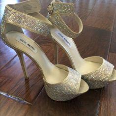 "Steve Madden Crystal Platform Sandals Beautiful SMadden Carrie platform sandals. Worn once. Like new condition. Gold with crystal embellishments. 1 1/2"" platform   5 1/2"" heel Steve Madden Shoes Heels"