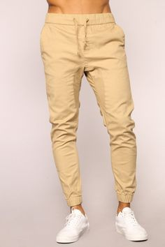 55 Cool Men Joggers Style Ideas is part of Pants outfit men - On the Street There are such huge quantities of ways you may boost your jogger style Jogger jeans can be […] Khaki Pants Outfit, Jogger Pants Outfit, Jogger Pants Style, Khaki Joggers, Mens Jogger Pants, Cargo Pants, Men's Pants, Kakis, Pantalon Cargo