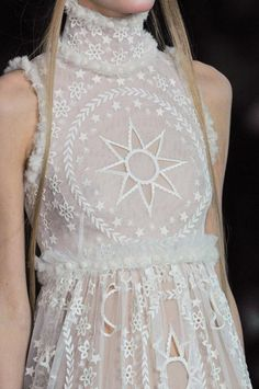 Celestial Inspired Gowns / Alexander McQueen