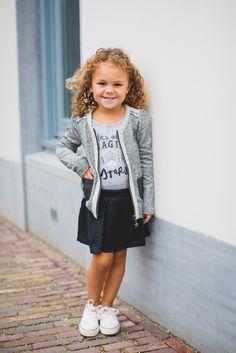 734ad248eef Kindermodeblog.nl meisjes hippe kleding hip jasje-4 Peuter Meisje Outfits,  Peutermode,