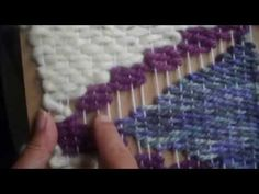 Luxury Carpet Runners For Stairs Code: 1058571931 Loom Weaving, Tapestry Weaving, Diy Carpet, Rugs On Carpet, Handmade Crafts, Diy And Crafts, Ideas Paso A Paso, Macrame Tutorial, Beading Projects