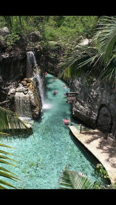 River of Excaret, Riviera Maya, Mexico. Was incredible floating through this river ❤️❤️