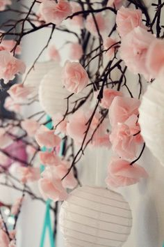 we could totally do this DIY tissue paper cherry blossom branches {Icing Designs}. This would be great for a Japanese inspired wedding or party! DIY tissue paper cherry blossom branches DIY wedding planner with diy wedding ideas and How To info including Japanese Party, Japanese Wedding, Japanese Theme Parties, Flower Crafts, Diy Flowers, Flower Diy, Cherry Blossom Wedding, Cherry Blossoms, Cherry Blossom Decor