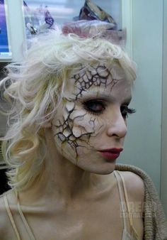 EA and her amazing Painted Doll makeup for The Devil's Carnival
