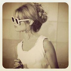 大人おフェロヘアが熱い♥60年代ファッションアイコン♡ブリジット・バルドーから盗め♥の2枚目の写真 | マシマロ