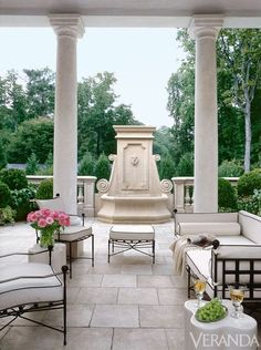 Luxurious patio design | Franki Durbin ᘡղbᘠ
