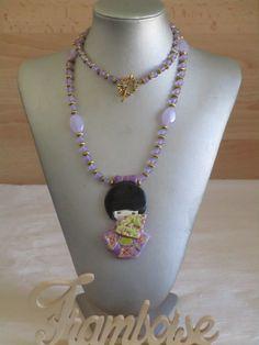 """Ravissant collier plastron en perles et céramique """"Une jolie Kokeshi"""" de la boutique framboisefrancoise sur Etsy"""