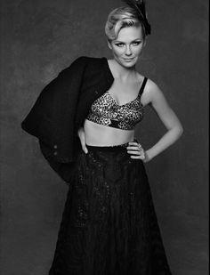 Kirsten Dunst, the little black jacket Chanel.