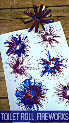 Have your kids make these toilet paper roll fireworks for a 4th of July craft! It is very cheap and easy to make these firework prints.