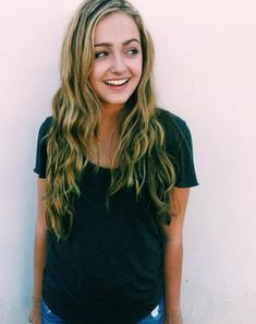 Sophie Reynolds Had Her Wisdom Teeth Removed December 2015 - Dis411