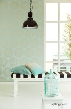 Bloom behang van Eijffinger wallpaper #interior #wallpaper #pastelgreen meer op www.benedict.be