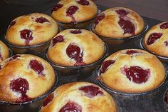Quark – Kirsch – Muffins Quark – Cherry – Muffins from MyxinTM Mini Desserts, Camping Desserts, Oreo Desserts, No Bake Desserts, Donut Recipes, Muffin Recipes, Cupcake Recipes, Dessert Recipes, Chocolate Donuts