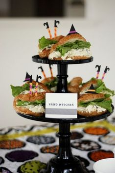 "Cute food ideas for a Halloween party ♥ these ""Sand Witches"""