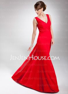 Mother of the Bride Dresses - $118.99 - A-Line/Princess V-neck Watteau Train Chiffon Mother of the Bride Dress With Ruffle (008014685) http://jenjenhouse.com/A-Line-Princess-V-Neck-Watteau-Train-Chiffon-Mother-Of-The-Bride-Dress-With-Ruffle-008014685-g14685