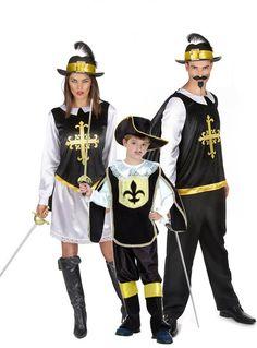 Déguisement de famille Mousquetaire  : Déguisement mousquetaire femmeCe déguisement de mousquetaire pour adulte secompose d'une jupe, d'un haut avec cape et d'un chapeau (épée et bottes...
