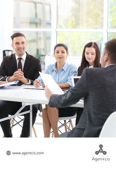 Maintain long-term relationship by learning the most effective methods to build rapport with educational consultant clients. Business Management, Management Tips, Presentation, Articles, Relationship, Education, Learning, Studying, Teaching