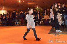"""Segunda Edición de la Bilbao Bizkaia D Week. Evento organizado por la Asociación de Moda de Bizkaia. """"SIÉNTETE MODELO POR UN DÍA"""" Desfile celebrado en la D-ZONE del edificio Azkuna Zentroa de Bilbao el día 25 de noviembre, en horario de 19:30 h. a 23:00 h."""