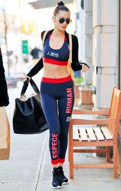 Bella Hadid Street Style - Bella Hadid's Hottest Looks Gigi Et Bella Hadid, Bella Hadid Style, Gigi Hadid, Alana Hadid, Sport Basketball, Sports Football, Sport Fashion, Fitness Fashion, Fashion Models