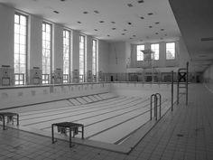 Bau der Woche: Schwimmhalle Finckensteinallee - av-a Veauthier Architekten GmbH