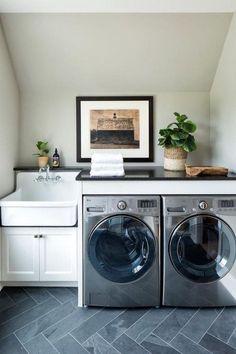 Stunning Small Laundry Room Design Ideas 23